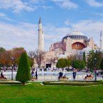 トルコの有名なブルーモスクに入ったんだけど・・・