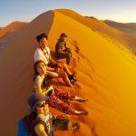 変態夫婦と登る、ナミビアの大砂丘【ナミビアレンタカー2日目】